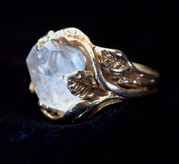 "Ladies ""Lucky Leaf"" Crystal Ring"