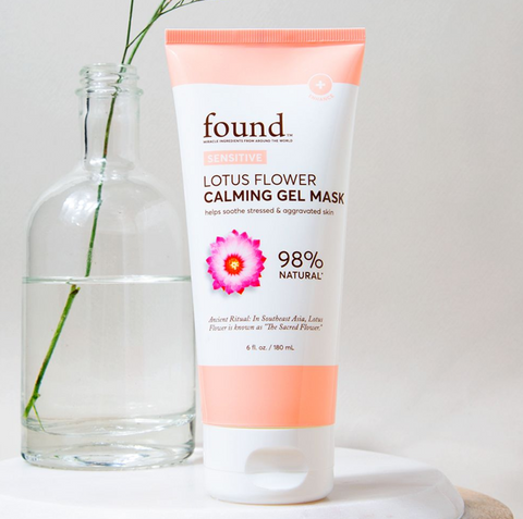 https://beauty.mom.com/collections/sensitive/products/lotus-flower-calming-gel-mask