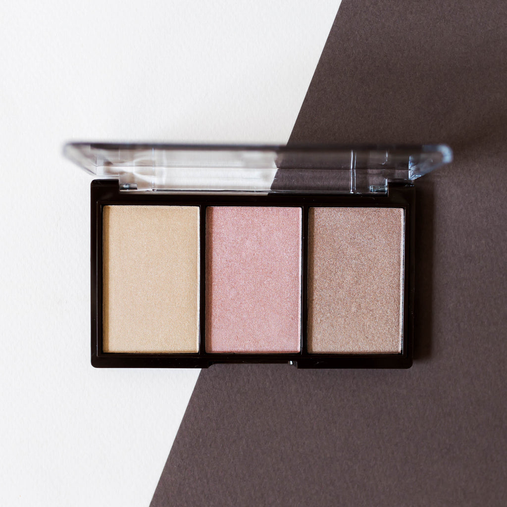 INSTANT GLOW HIGHLIGHTING PALETTE