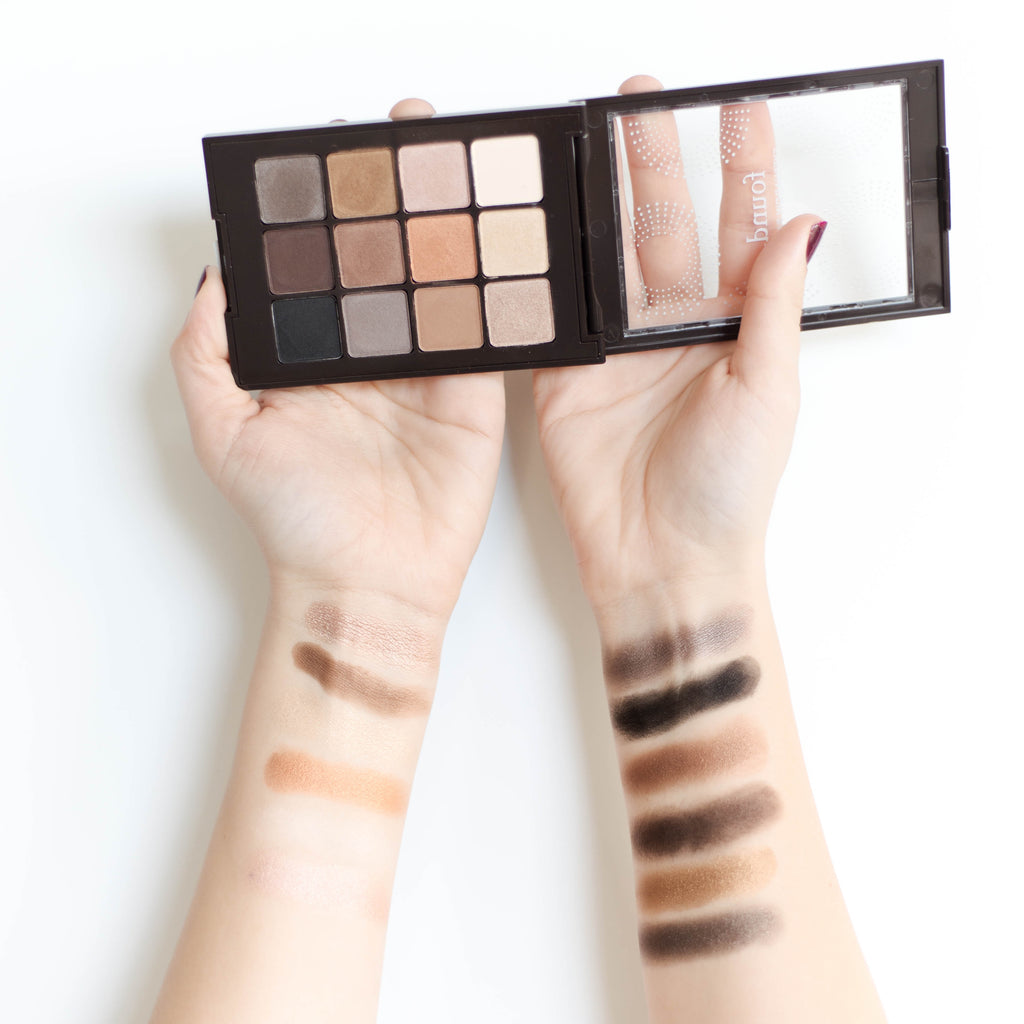 "12 Piece Eyeshadow Palette ""Nude"" Lifestyle Image"
