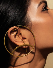 Load image into Gallery viewer, Puhi Ear-Cuff