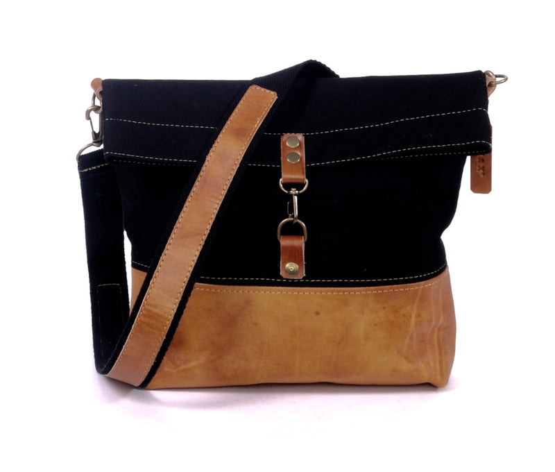 Belgrano Messenger - Black