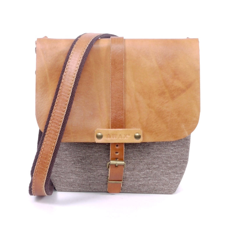 San Nicolas Messenger - Grey & Natural