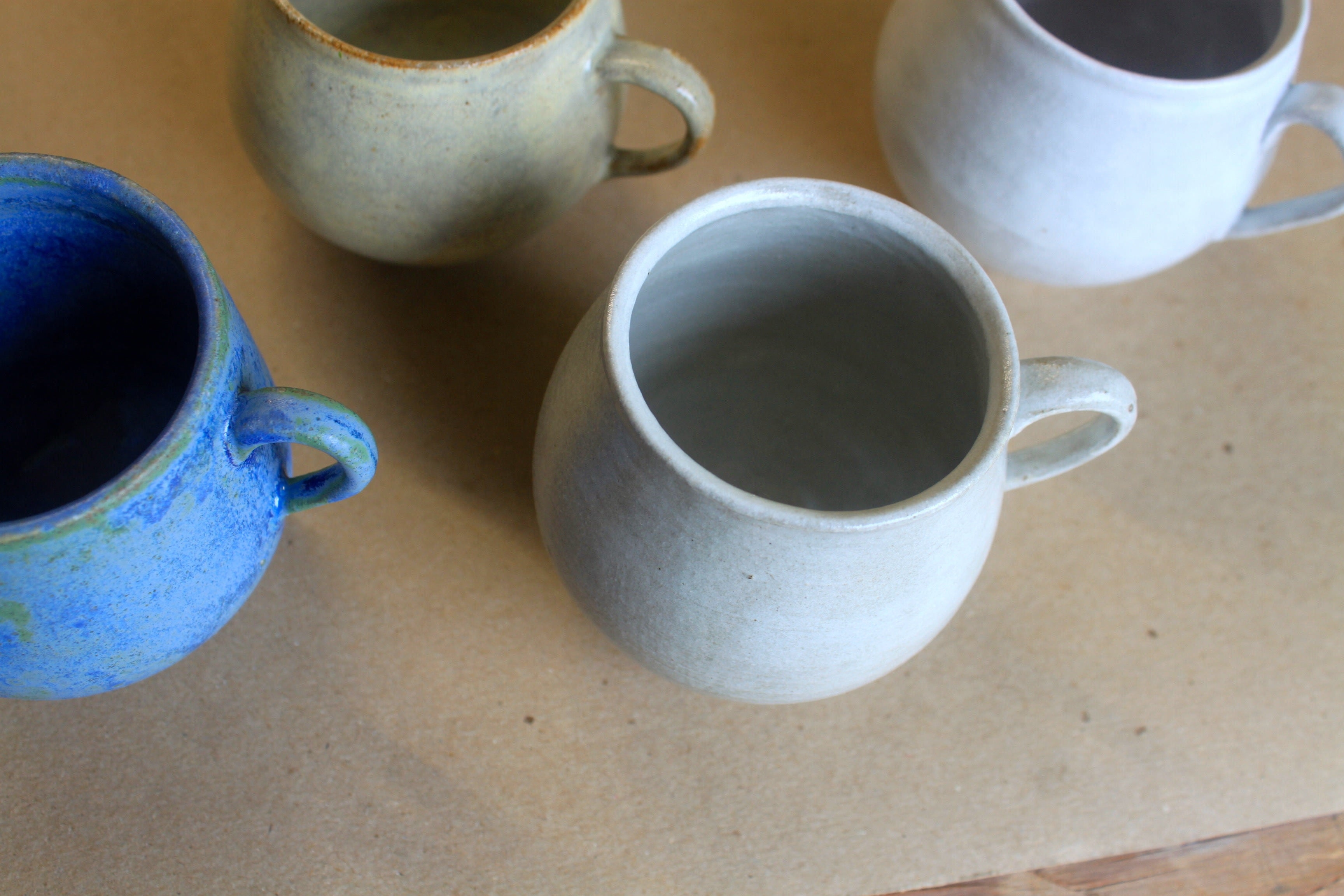 Stoneware belly cups