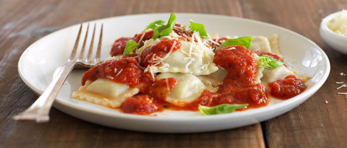 Homemade Tomato and Basil Sauce with Ravioli