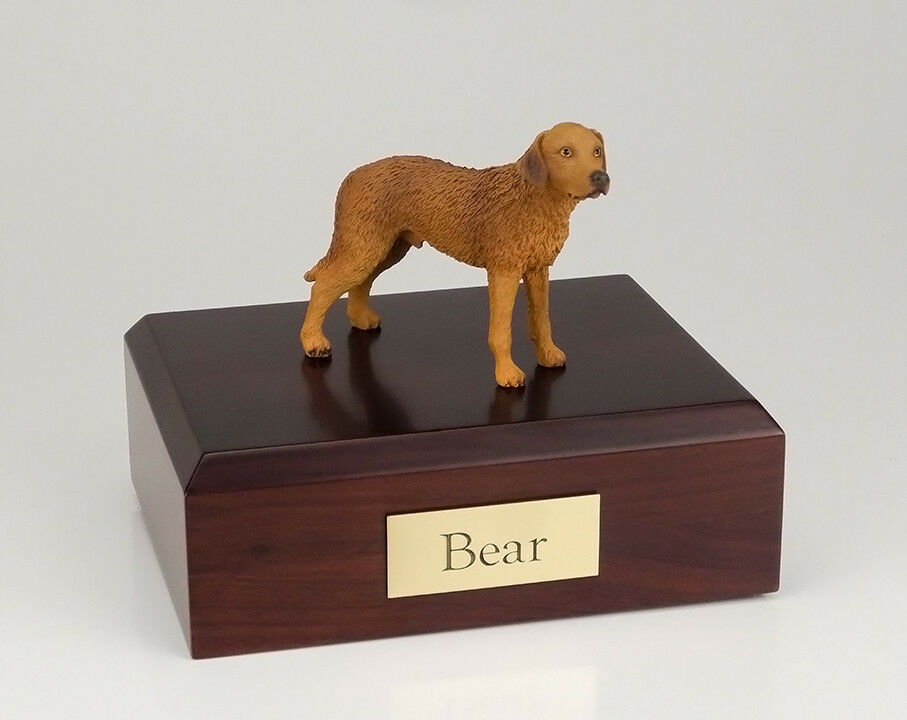 Chesapeake Bay Retriever Pet Funeral Cremation Urn in 3 Different Colors 4 Sizes