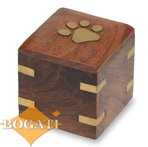Small/Keepsakes Wood Pet with Brass Paw and Brass Corners Funeral Cremation Urn