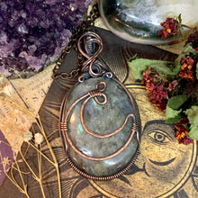 Labradorite with Copper Moon