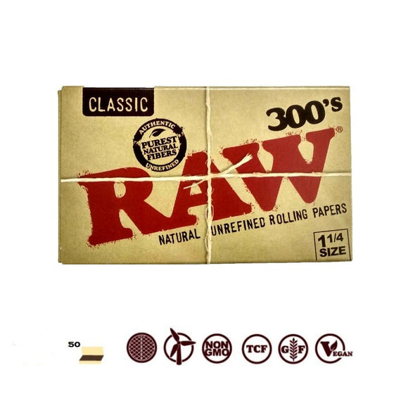 RAW CLASSIC 1 1/4 SIZE 300 LEAVES ROLLING PAPER