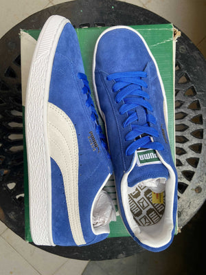 Puma Suede Sneakers (Blue)