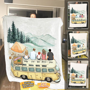 Personalized family members fleece blanket gift for the whole family - UP TO 5 PEOPLE - Camping - 2426