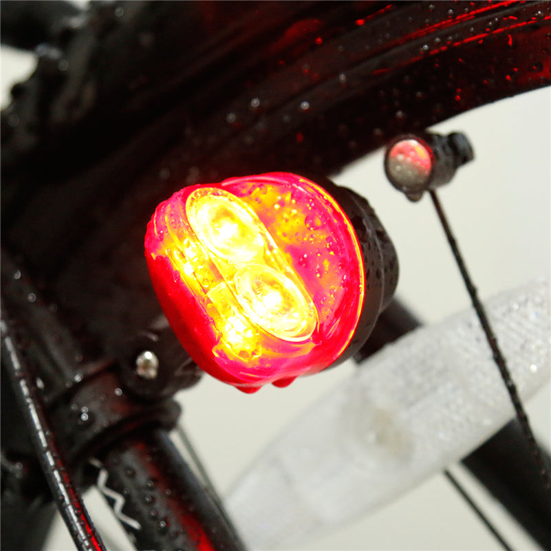 https://cdn.shopify.com/s/files/1/2617/5186/products/WEST-BIKING-Cycling-Taillights-Magnetic-Induction-Riding-Warning-Tail-Light-Waterproof-Road-MTB-Bike-Flashlight-Bicycle_a63e4700-ede6-411c-9e44-cf2e9e91cd69.jpg?v=1521190766