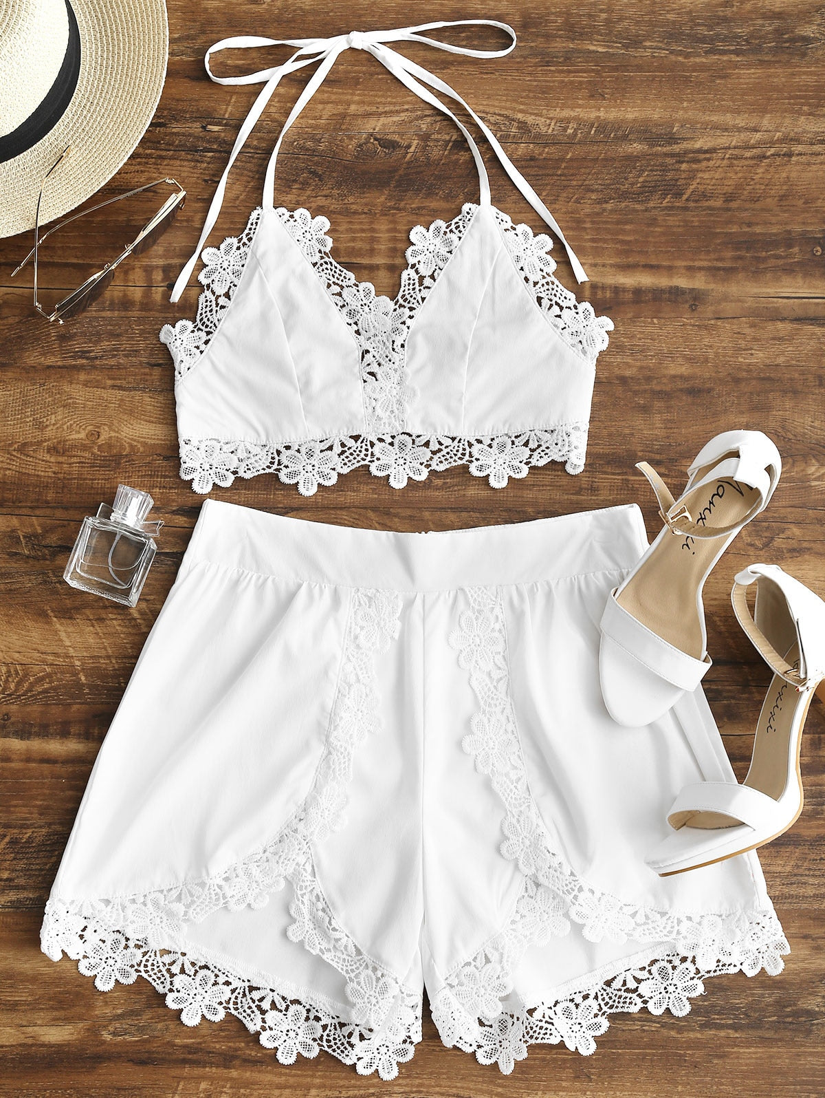 0a170f08d42be4 Wipalo Vrouwen Twee Stukken Set Strik Backless Lacework Halter Cropped Top  Hoge Taille Shorts Suits Casual