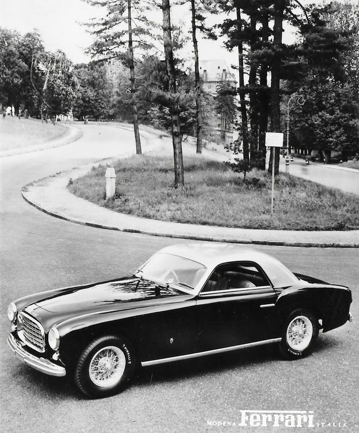 Original S/W Werksfotopostkarte Ferrari 212 Inter Two-window Coupe Ghia RHD