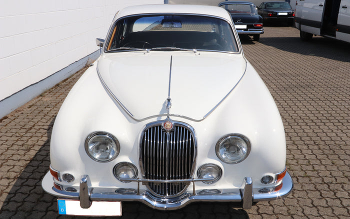Jaguar S Type 3.8