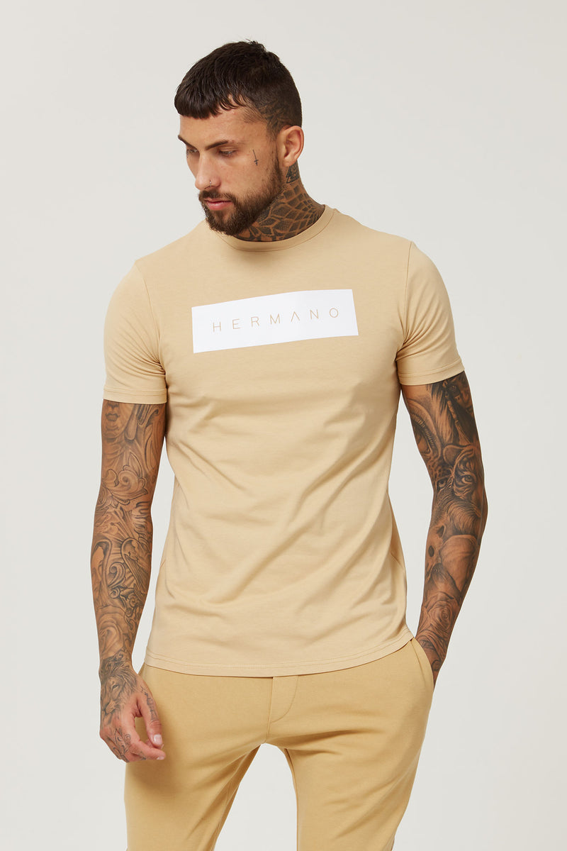 HERMANO NEW BOX LOGO TSHIRT CAMEL