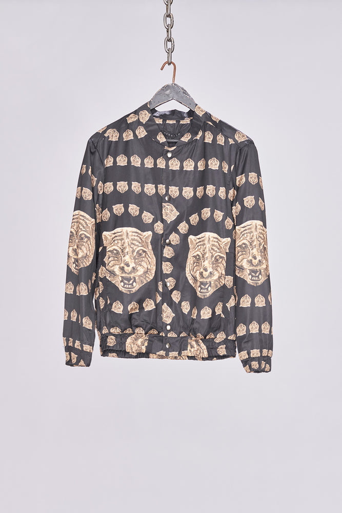 Load image into Gallery viewer, Black Tiger Print Bomber Jacket - H E R M A N O