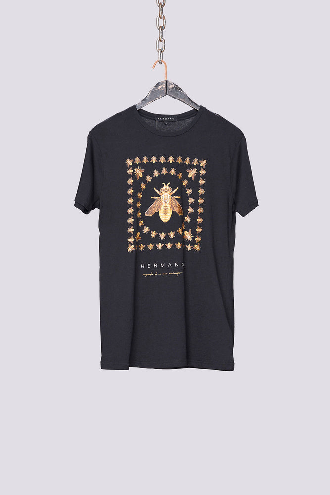 Load image into Gallery viewer, Black bee design t-shirt - H E R M A N O