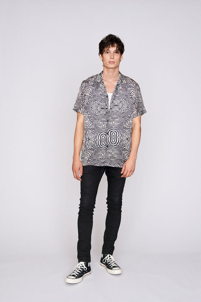 Load image into Gallery viewer, Black zebra print short sleeve slim fit shirt - H E R M A N O