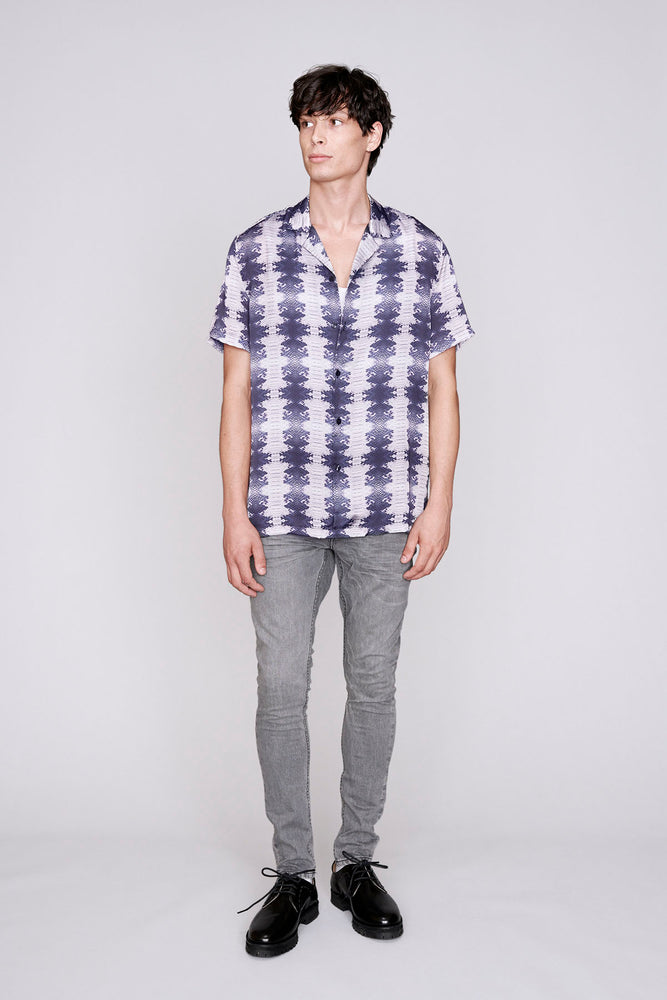 Load image into Gallery viewer, Grey snake print short sleeve slim fit shirt - H E R M A N O