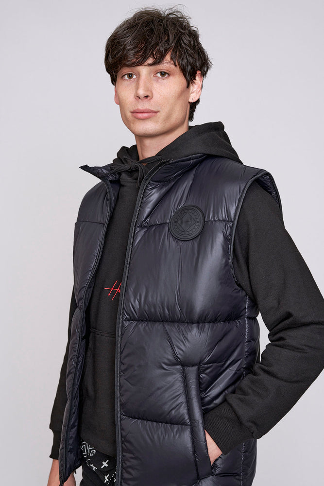 Load image into Gallery viewer, Black padded gilet - H E R M A N O