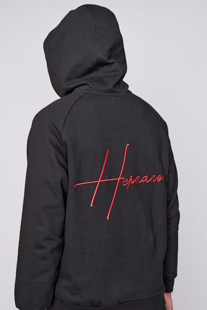 Black embroidered logo regular fit hoodie - H E R M A N O