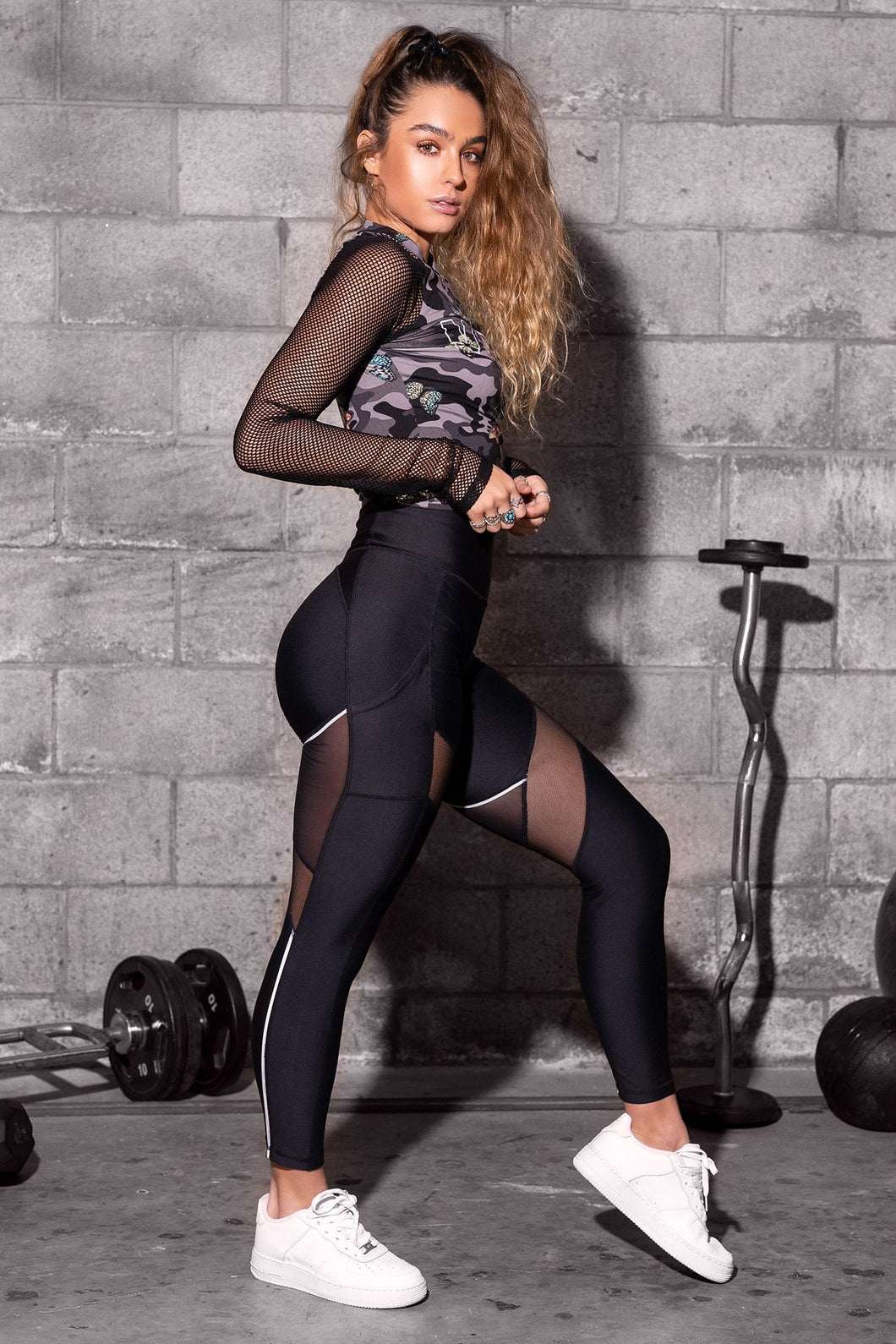 Reflective Stripe Mesh Cut-Out Butt Lift Active Leggings - Black