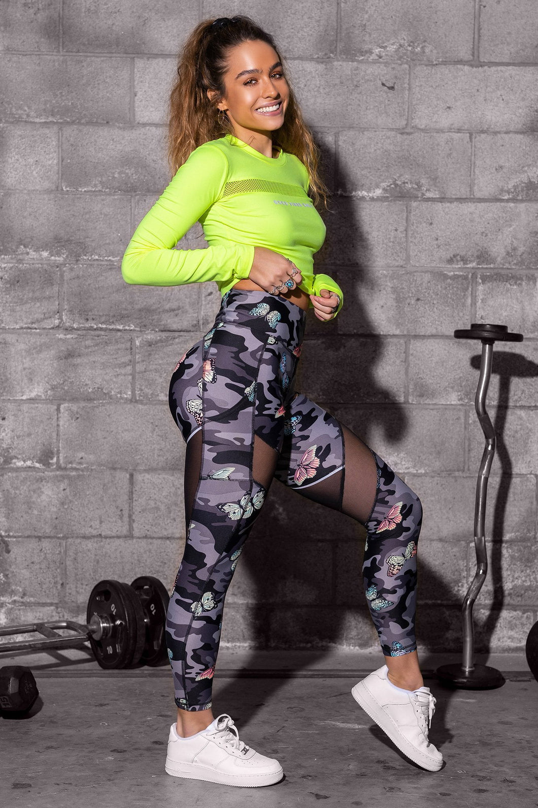 Reflective Stripe Mesh Cut-Out Butt Lift Active Leggings - Butterfly Camo
