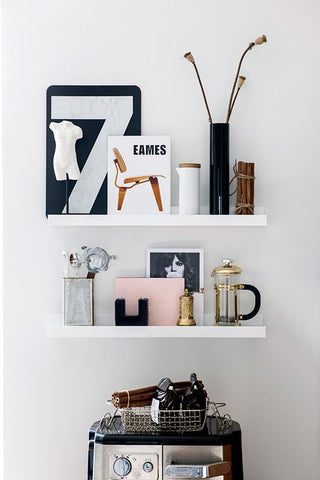 Laura Seppanen home in Finland, shelfie shelf styling home decor interiors