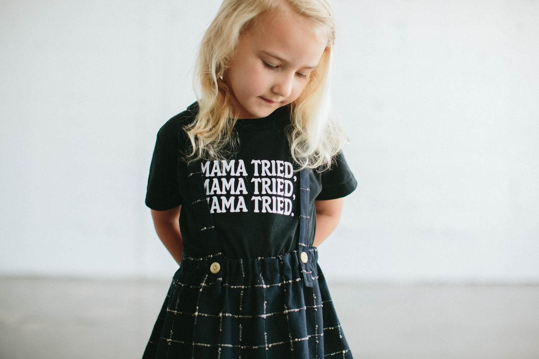 Mama Tried Black Tee- The Bee and the Fox