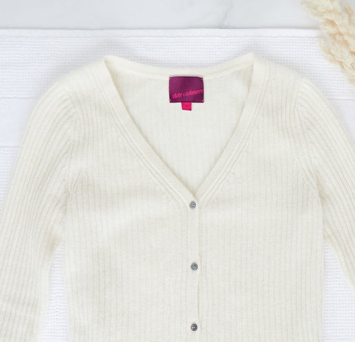 Cashmere Care 4 NewLabel 1030x994 copy 515x497 crop center - Best Cashmere Sweater Of 2021 - 10% Discount!