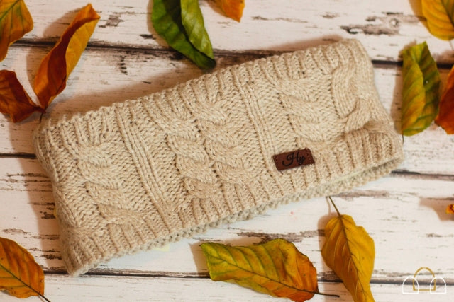 HyFASHION Meribel Cable Knit Headband in Oatmeal