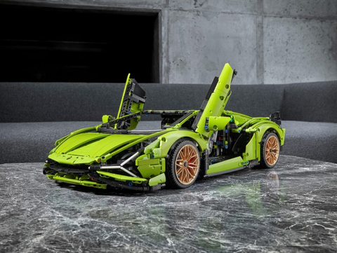 fathers-day-gift-guide-for-short-men-lego-lamborghini-set