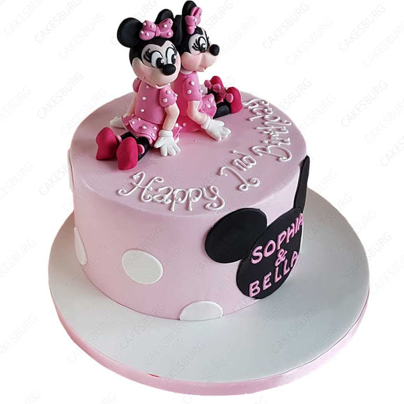 Twin Minnie Mouses Cake