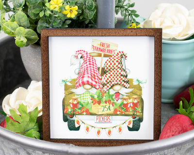 Strawberry Pickers Tier Tray Sign