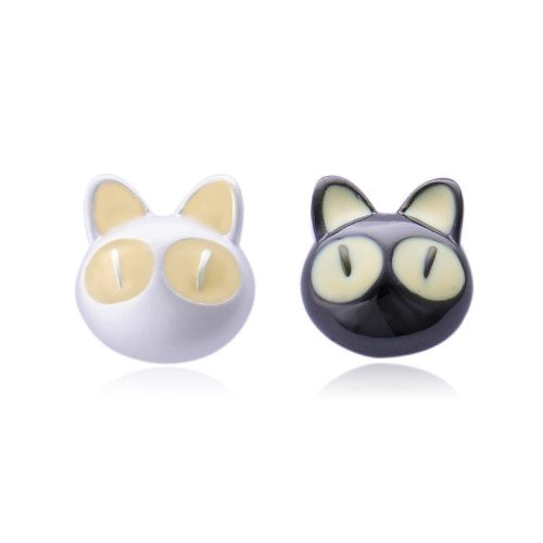 Iuha 31 White and Black Cats Earring, Hypoallergenic/Fade Resistant