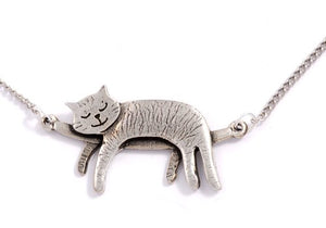 Pewter Sleeping Cat Necklace, 5.7 x 3 x 1.4 inches