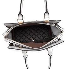 Sturdy Hard-Sided Fashionable Pet Carrier