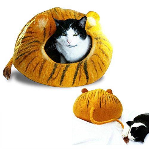 Lion Wool Cat Cave Bed with Ears