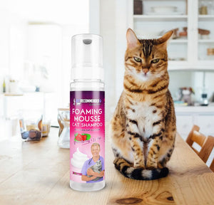 Foaming Mousse Waterless Cat Shampoo by Vet Recommended, Simply Spray & Massage  Edit alt text