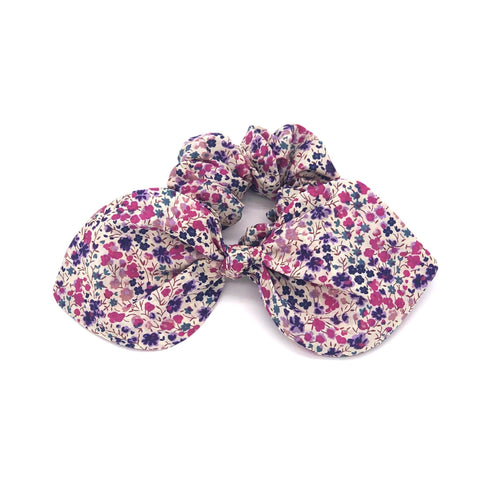 bow/ scrunchie with floral pattern
