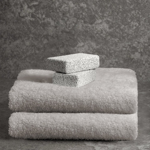 Adrien Lewis - Egyptian Cotton Combed Bath Towels