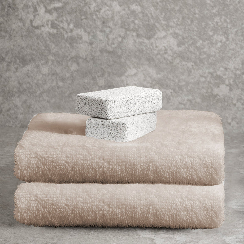 Adrien Lewis - Egyptian Cotton Combed Bath Towels - Magasins Hart | Hart Stores
