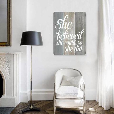 Décoration murale She believed | She believed Wall Art