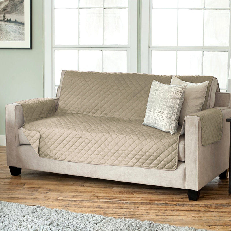 Lauren Taylor - Diamond Quilted Sofa Slipcover - Magasins Hart | Hart Stores