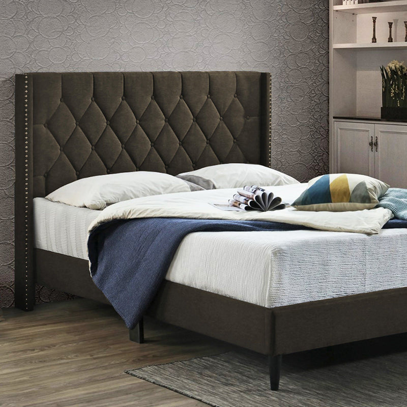 Maison Blanche - Upholstered Infinity Bed - Magasins Hart | Hart Stores
