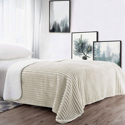 Lauren Taylor - Portia Ribbed Reverse to Sherpa Blanket