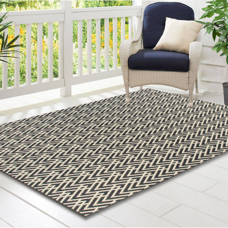 Aria Outdoor Carpet - Chev - 5x7 Feet - Magasins Hart | Hart Stores