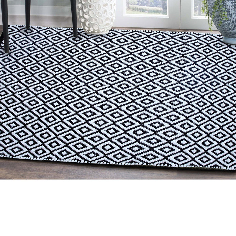 Assorted Area Rugs - Magasins Hart | Hart Stores