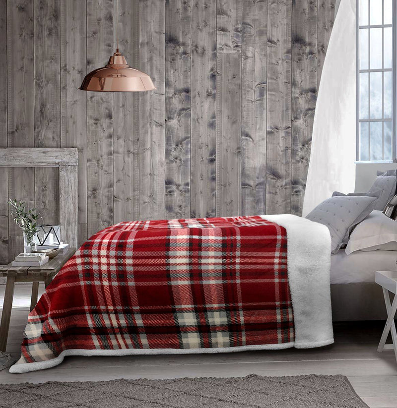 Christophe Plaid Fleece Reverse to Sherpa Blanket 60x80 - Magasins Hart | Hart Stores